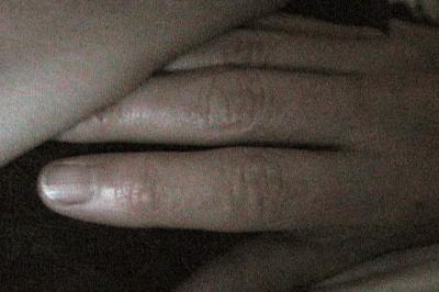 L'étreinte / The Embrace Single channel video (c) micheline durocher